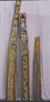 http://prunethuillez.fr/files/gimgs/th-38_3 Totems, bois peints, 2001.jpg